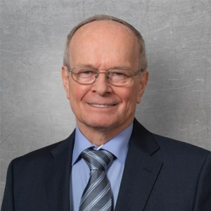 Toni Obele, Geschäftsführer, Meister im Maschinenbauerhandwerk